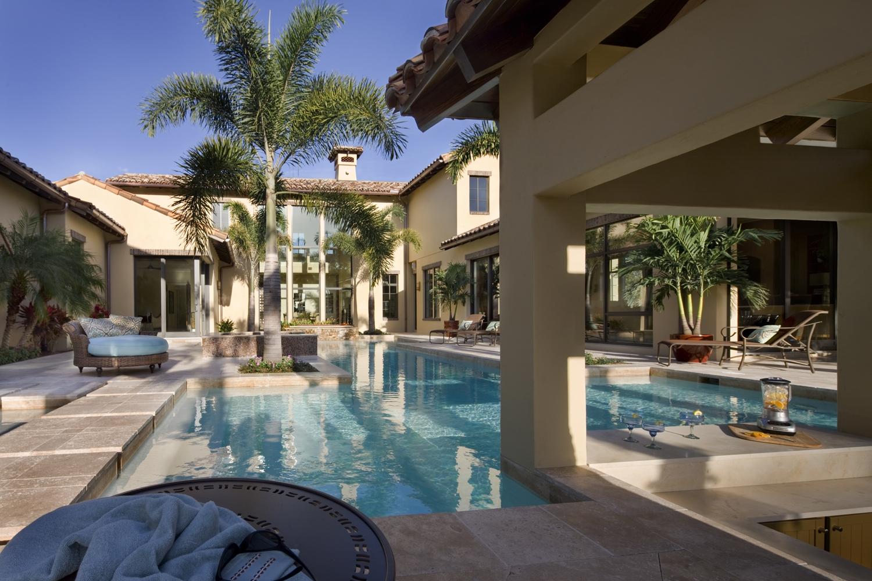 Estate Home Outdoor Living.jpg