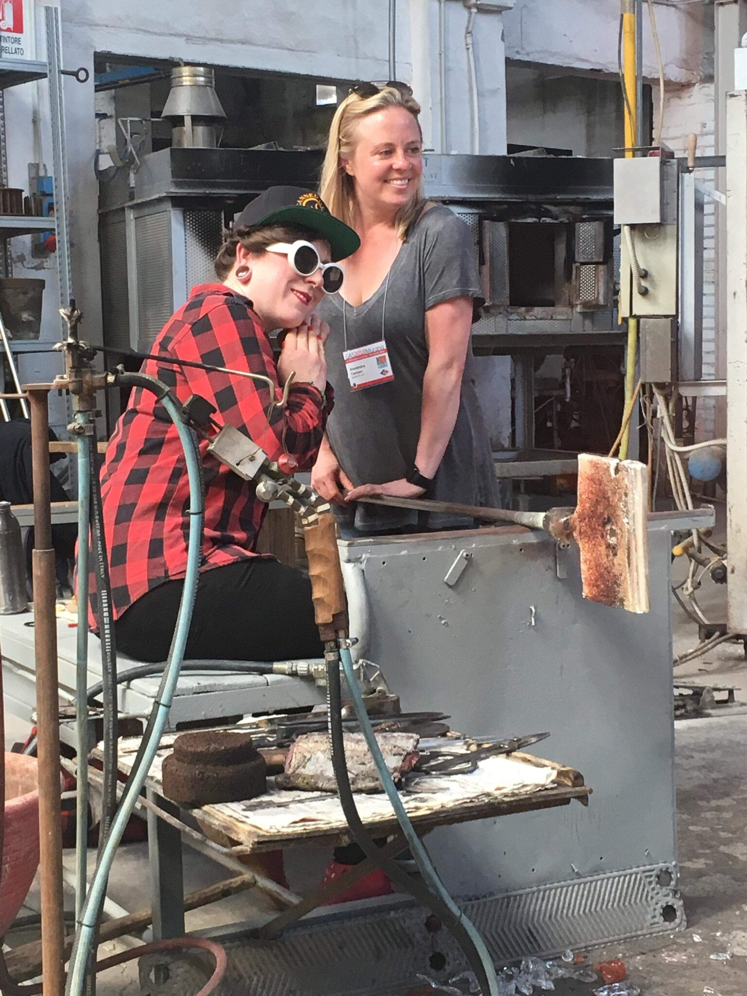 Morgan Peterson Demonstrating at the glass art conference in Murano Venice