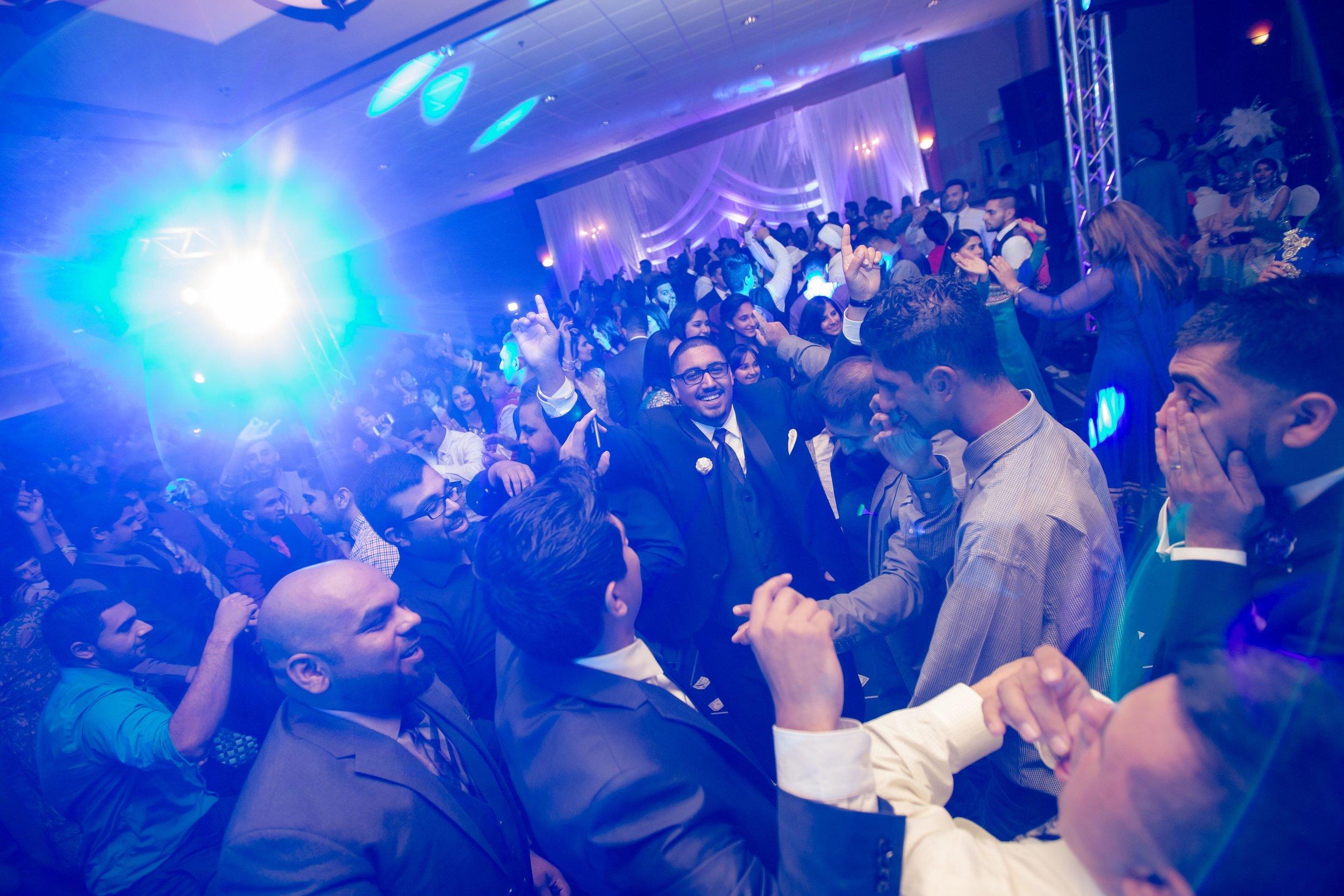 online368 Jatinder & Khushbir Reception5.jpg