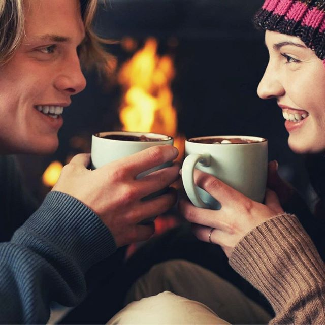 Date Idea 👫 || Christmas Movie + Hot Chocolate Date Night! It's Christmas season and drinking hot chocolate is the perfect addition to a christmas movie date night! This is the perfect time to catch up with each other. Put a date on your calendars, even if it means going out to a Christmas movie showing at a theatre and chatting over a cup of cocoa while walking around town or it can be as simple as watching a movie at home together! The key is to make it happen this week! ⠀ #marriage #canauncorked #canauncorkeddc #couples #dating #engagement #relationships #weddingplanning #wedding #weddedbliss #engaged #Catholic