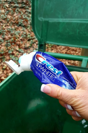This is the ACTUAL tube of toothpaste. - You are all witness to me throwing it in the trash!!