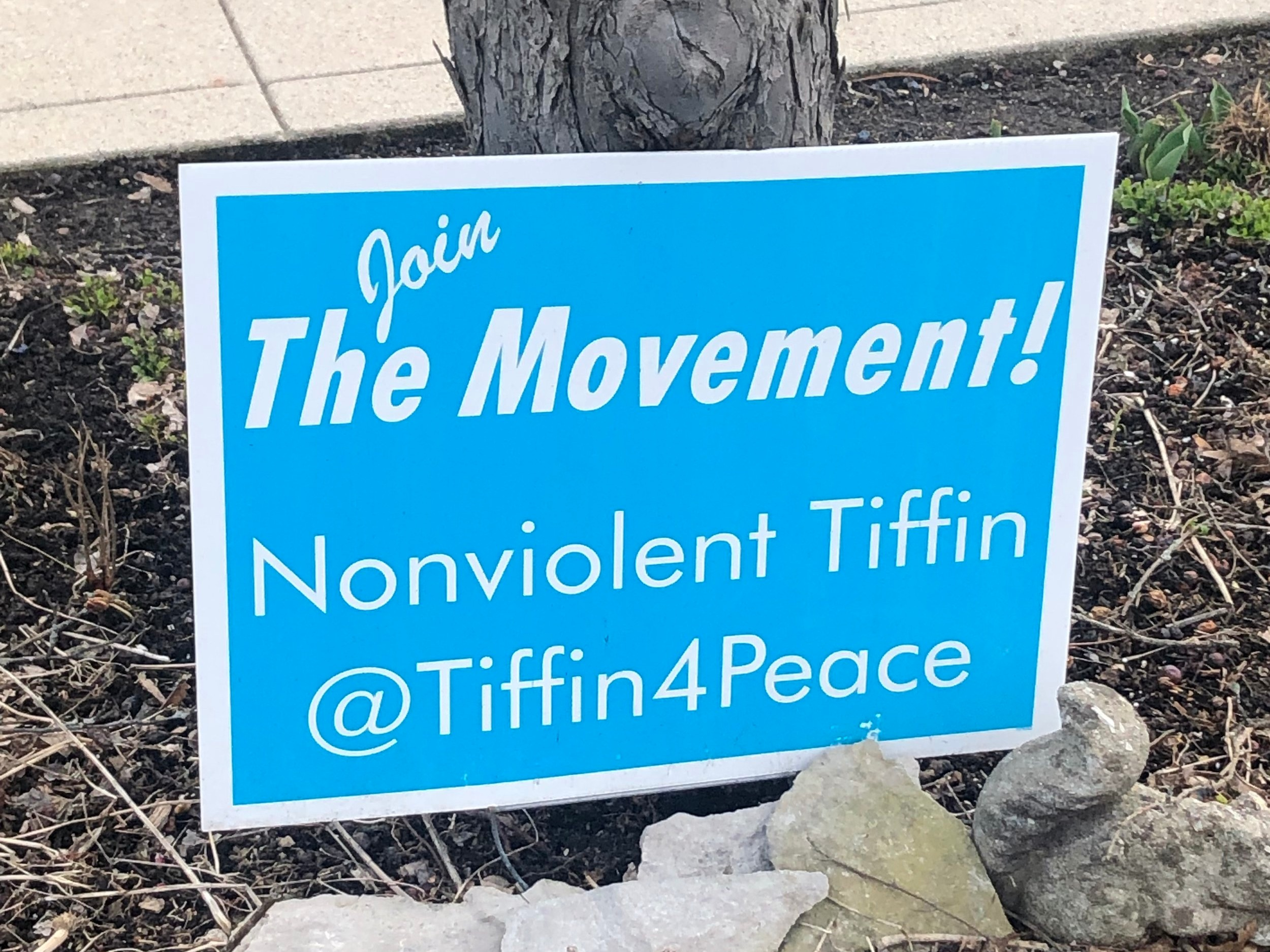 Tiffin, Ohio launches Nonviolent Tiffin with signs displayed throughout town.