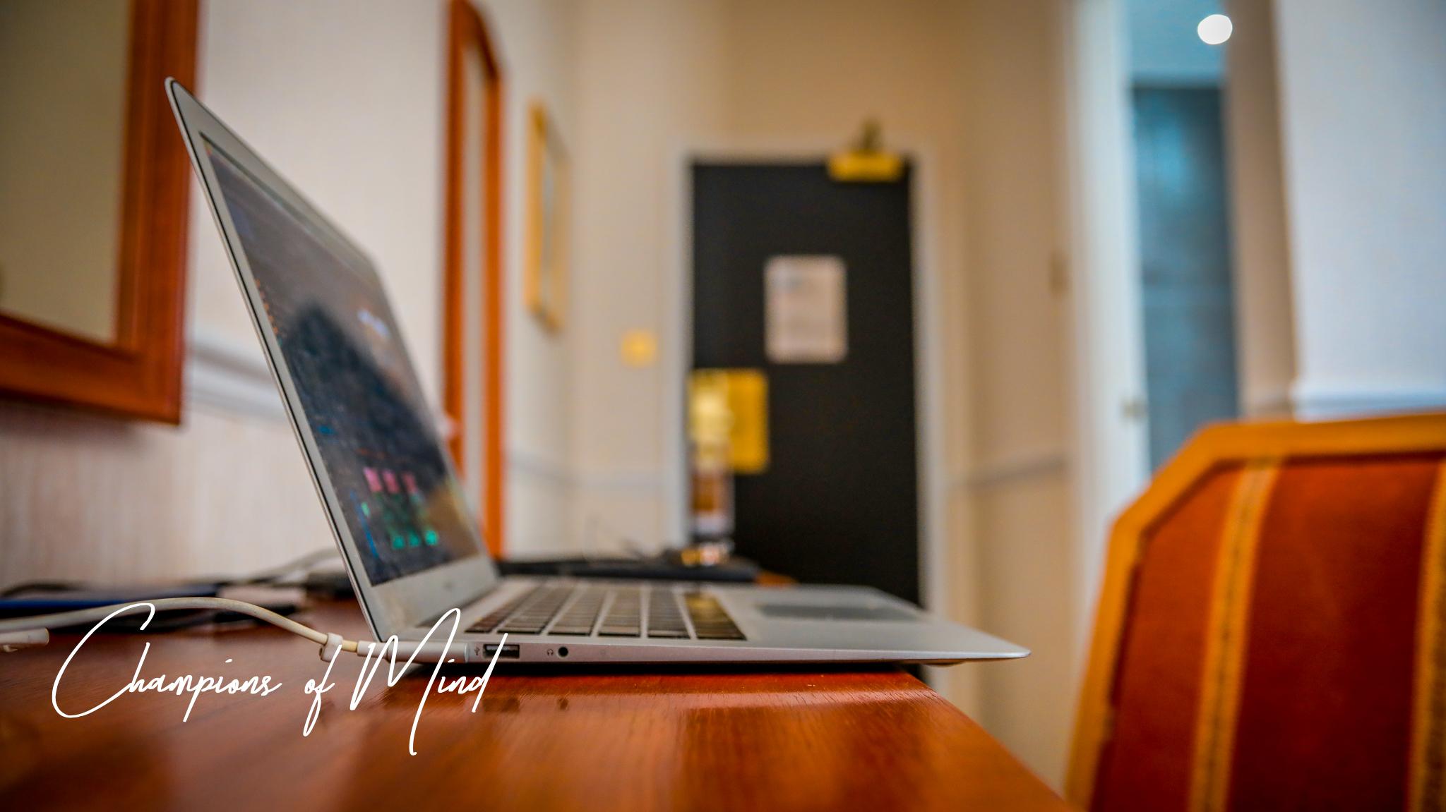 Laptop-1.jpg