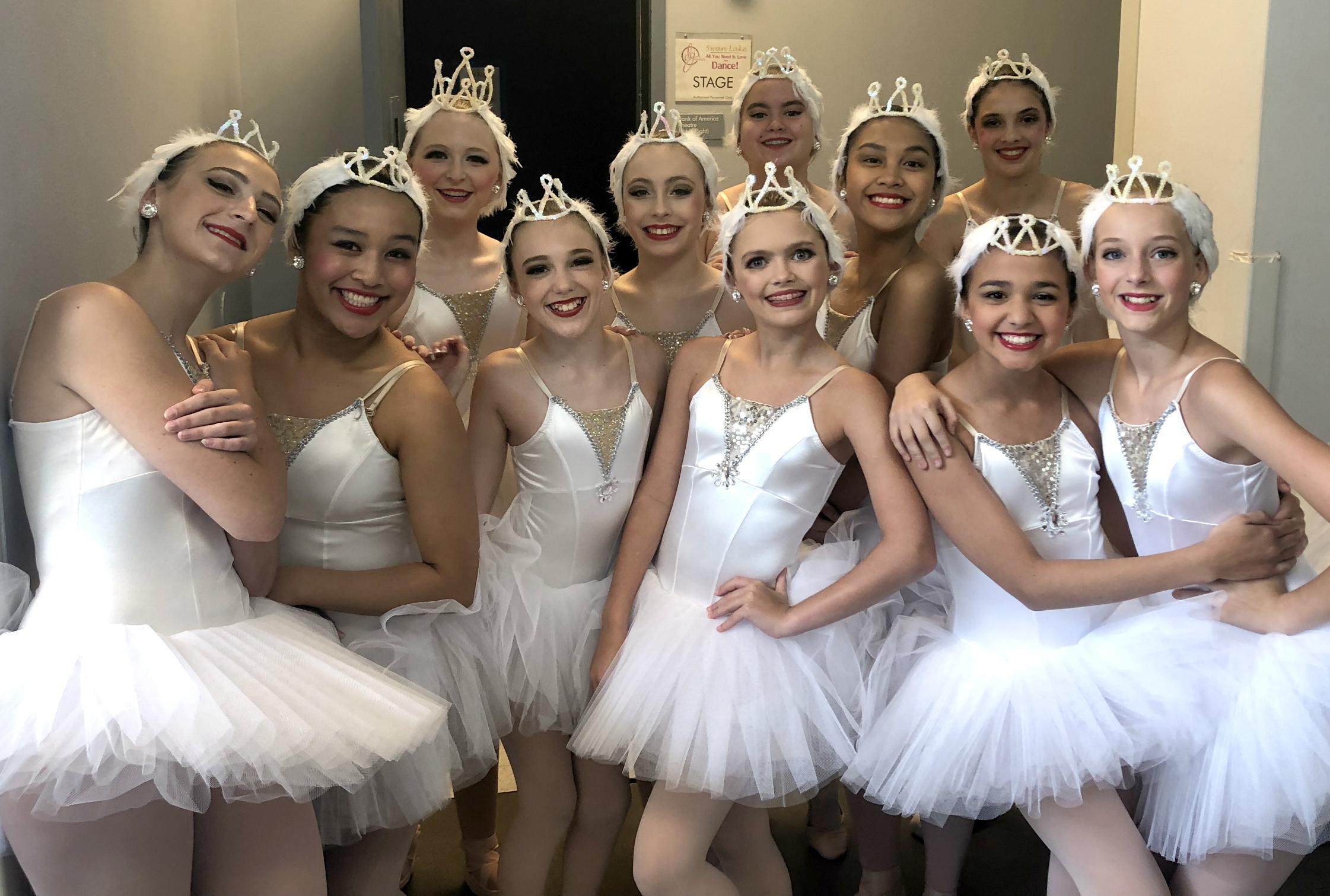 Swans Backstage.jpg