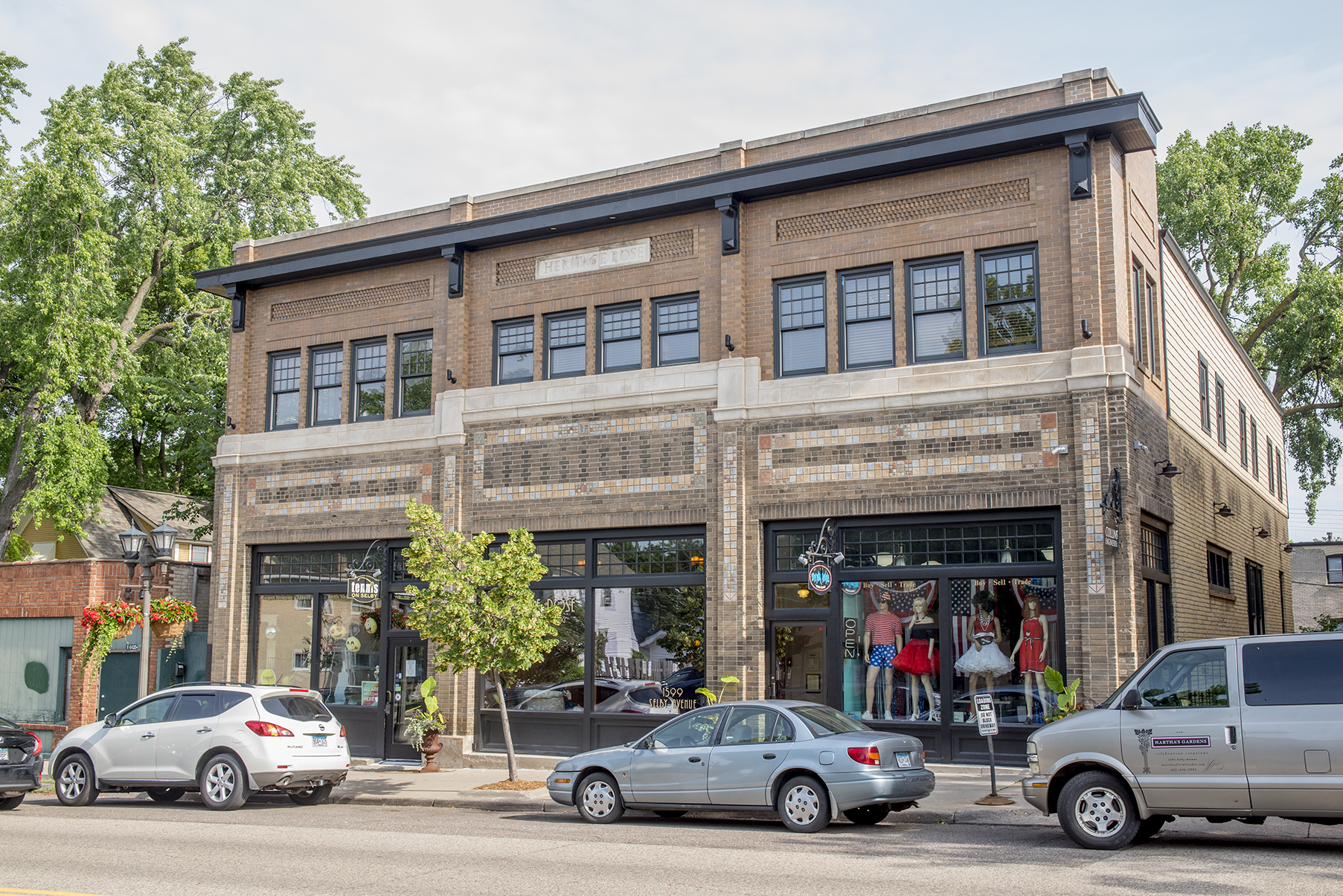 Heritage Rose Professional Building :: 1599 Selby Avenue in St. Paul