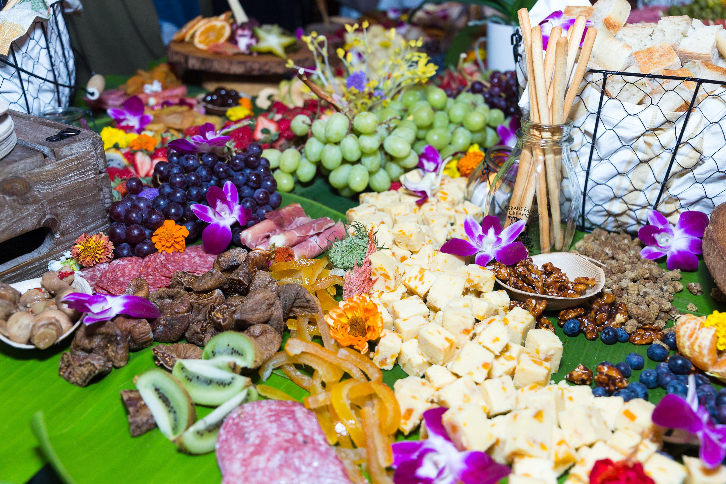 - LIGHT BITESCan't have drinks on an empty stomach! We're treating you to delectable bites crafted by local chefs.