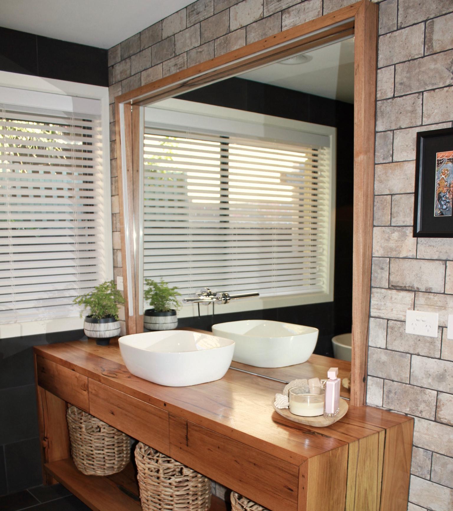 timber-striplight-bathroom-mirror.jpg