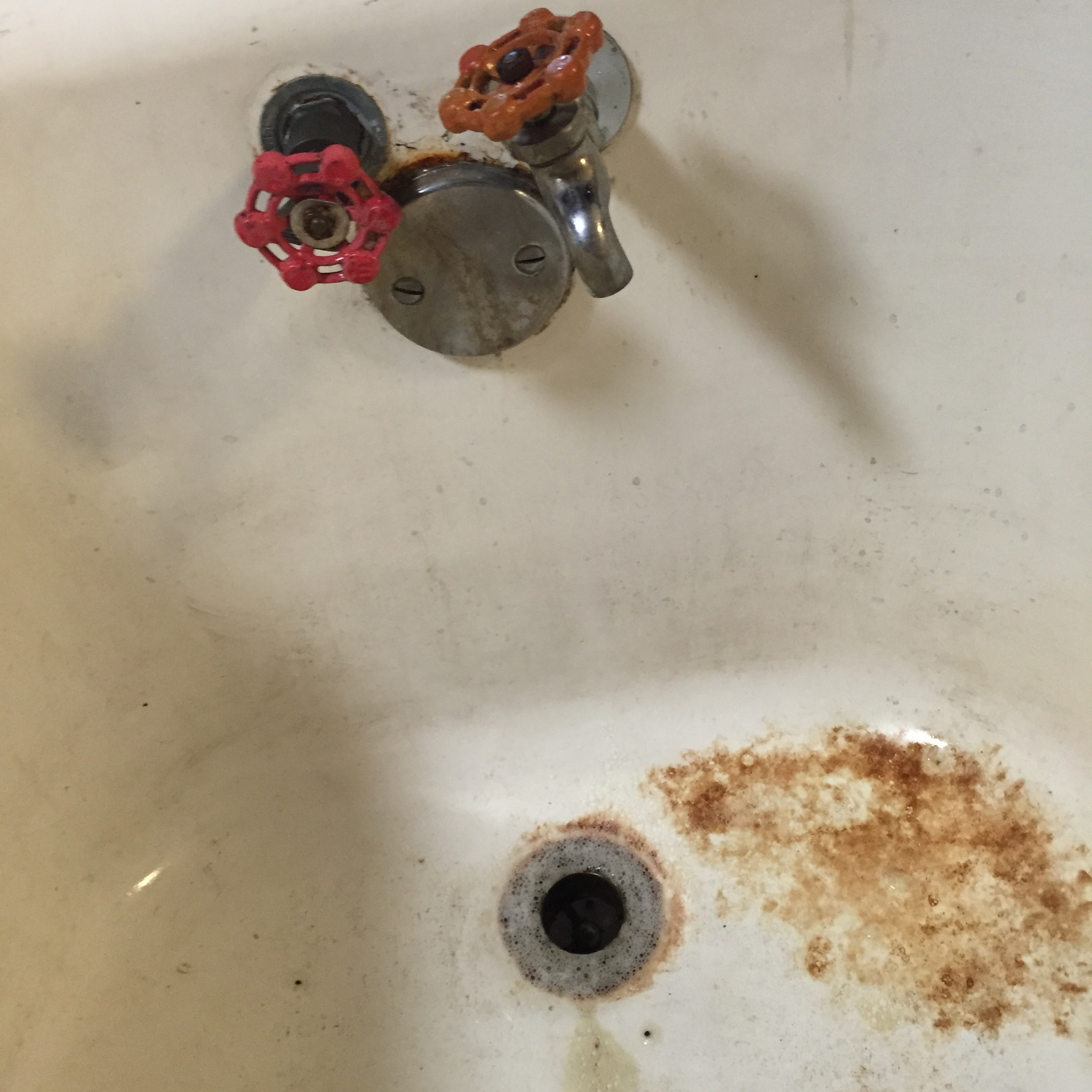 More rust spots and crazy plumbing