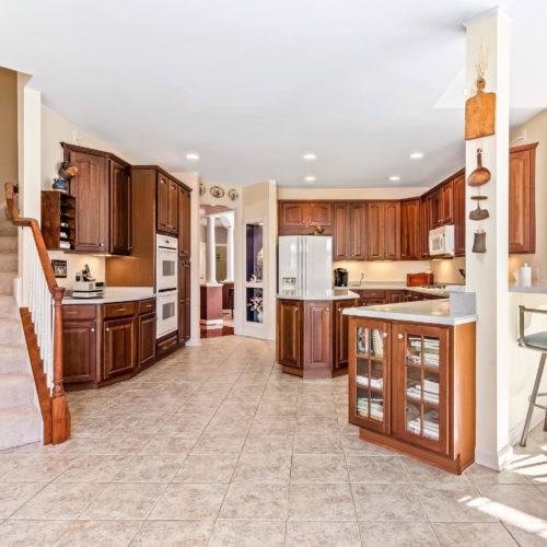 5135-Allison-Marshall-Dr-MLS-Size-019-29-Kitchen-2048x1536-7.jpg