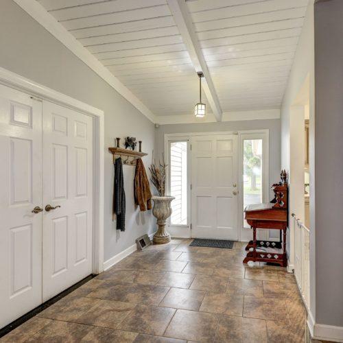 Foyer-500x500.jpg