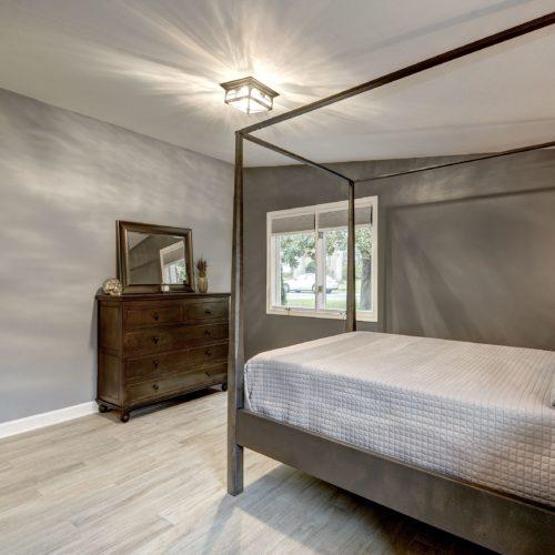 Guest-Room-2-500x500.jpg
