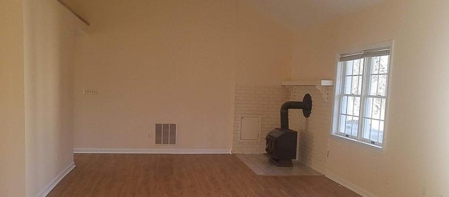 2707_Crenshaw_Road_Bright_Property_Solutions_familyroom.jpg