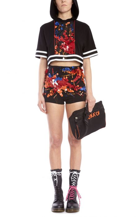 Weana Embroidered Shorts