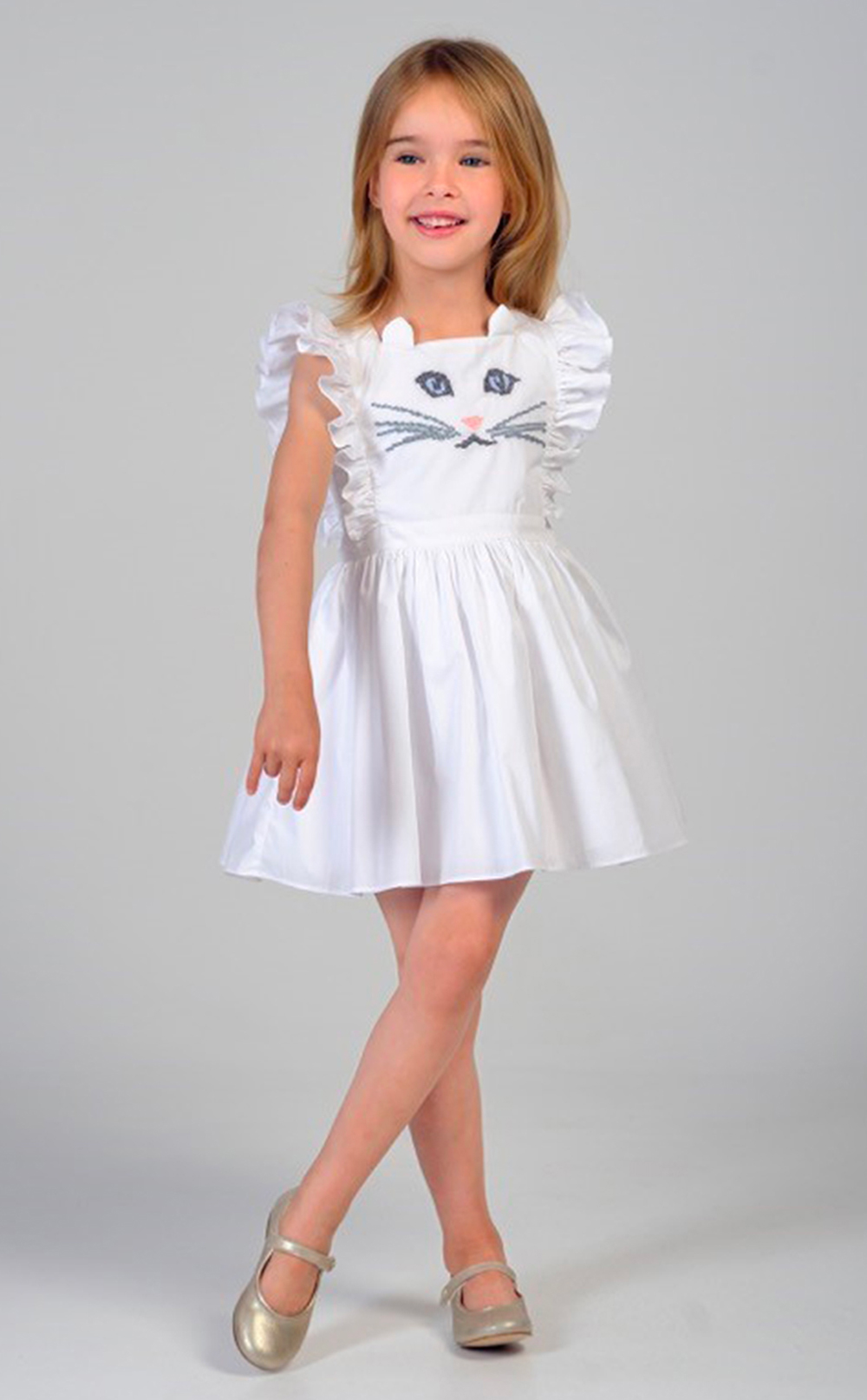 Robe Blanche Brodee Chat