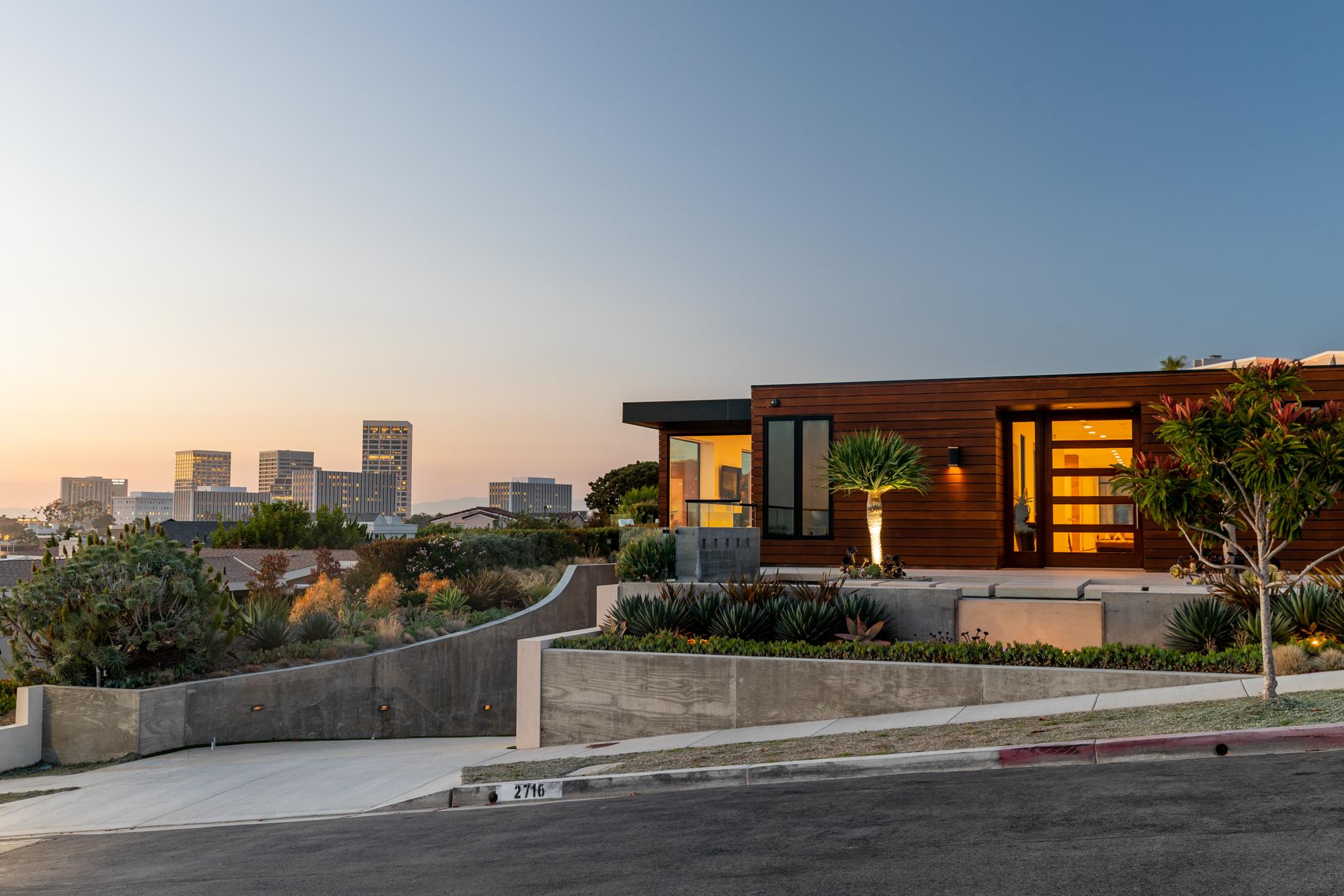 Trevorfromwherever-Real-Estate-3.jpg
