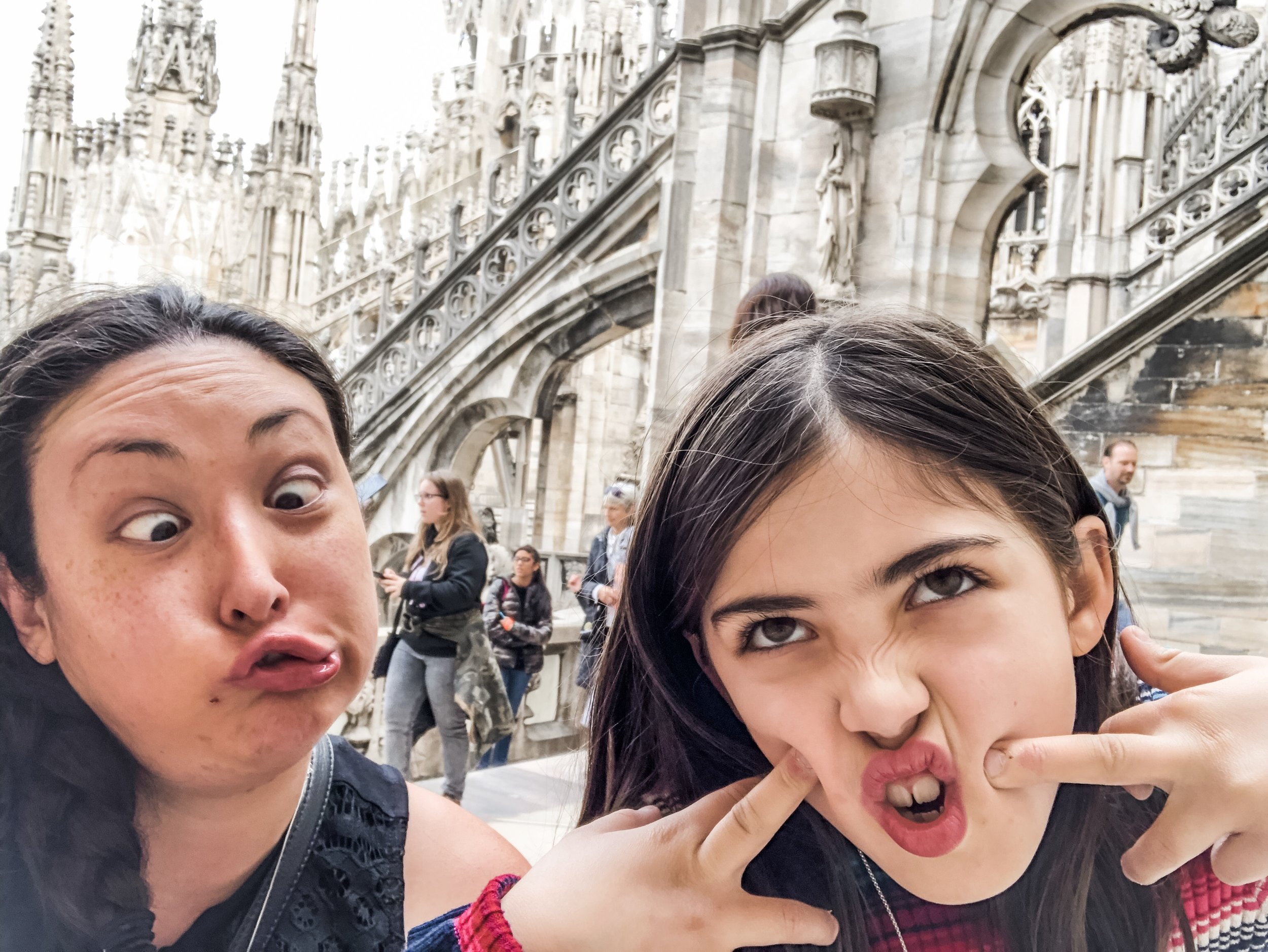 travel-tips-for-siblings-that-fight-silly-face.jpeg