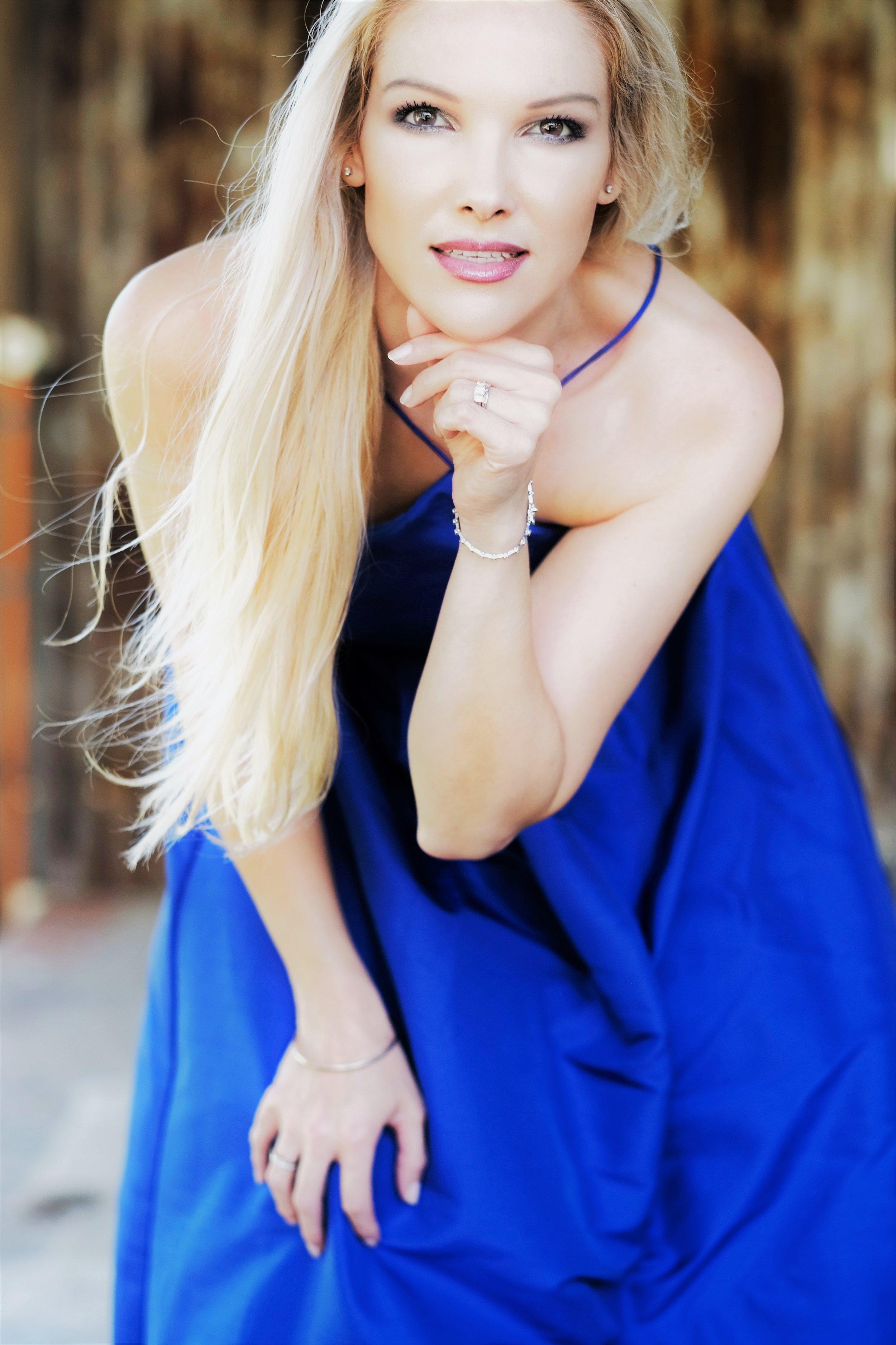 Anita Spring, Australian singer-songwriter, Independent Artist, Original music.jpg