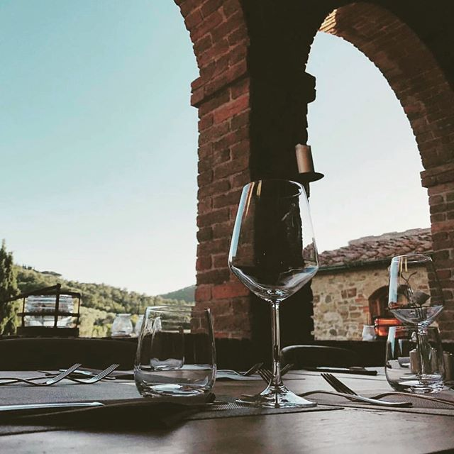 Fill up with this view, fresh Italian food, and delicious local wine during our next Vino & Vinyasa Retreat in Tuscany, Italy. . Our days will be filled with yoga, meditation, food, wine, onsite and offsite activities, excursions, new friends, connections, and so much more... . Let your soul escape to beautiful Tuscany with @amsbeach and @katienesbittyoga and an incredible group of friends and yogis this September. Only ONE spot remaining! . See details and sign up at www.soulscaperetreats.com. ✨