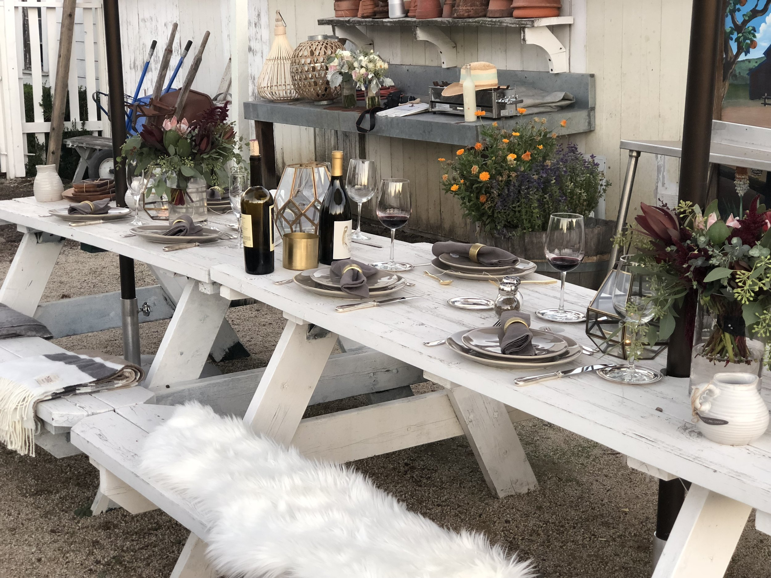 The White Farmhouse Table