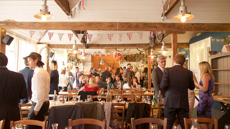 weddings-oxford-handlebar-04.jpg