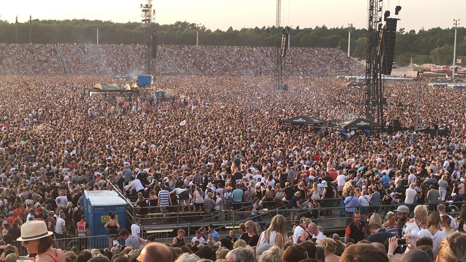Crowd at Ed Sheeran.JPG
