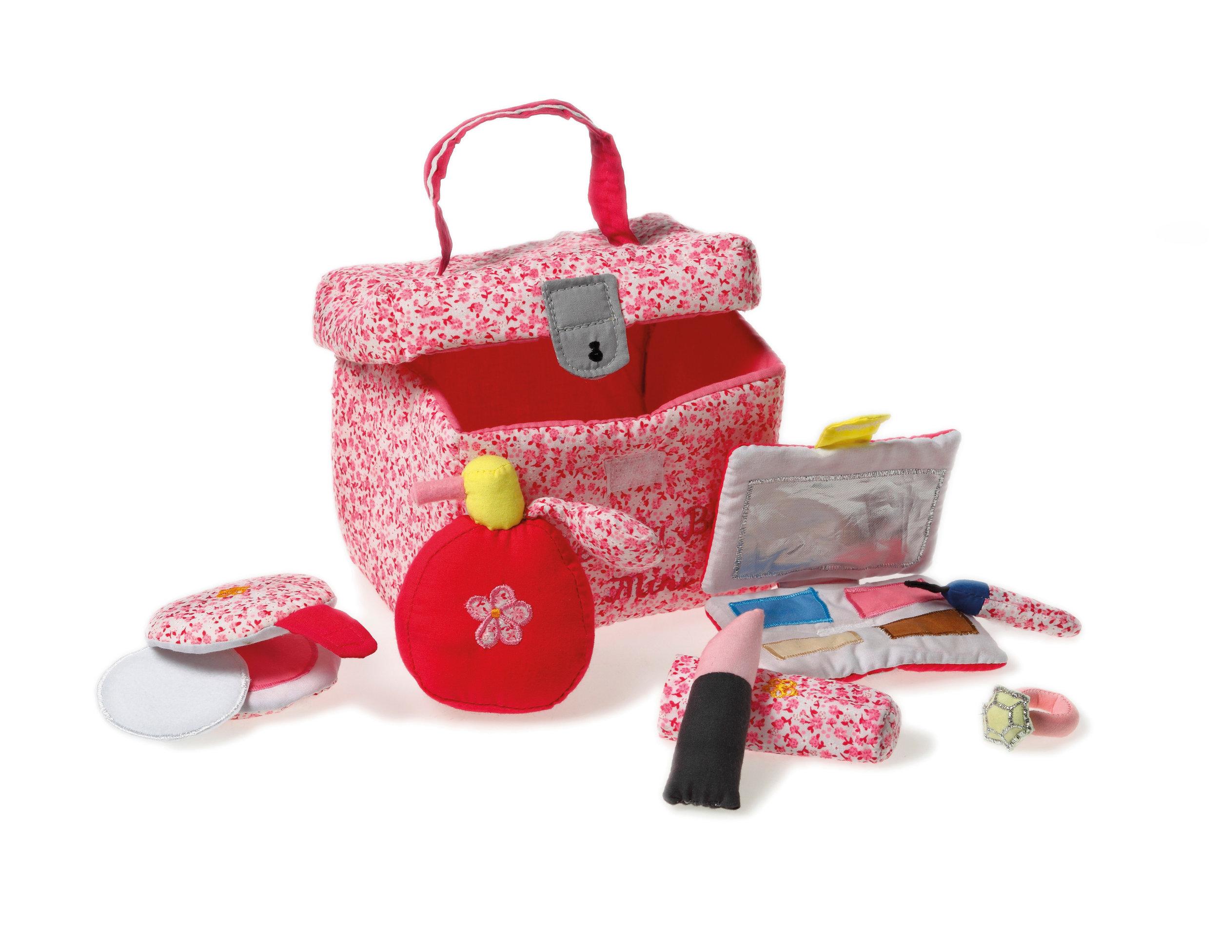 2043 beauty box mini.jpg