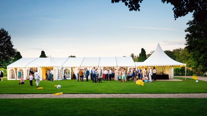 Mumby-Marquee-Wedding-800x450-2.jpg