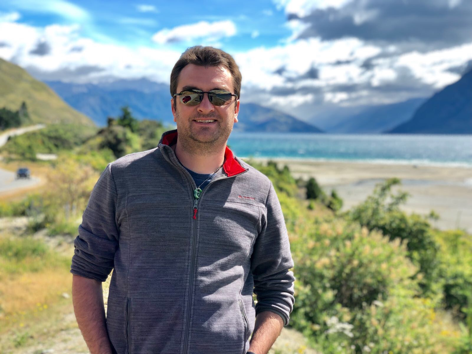 Christopher cochet - Chris is a consultant for Deloitte, and is living his NZ dream right now. World traveller used to live in Europe, then in America. Discover how Chris changed his life with meditation.
