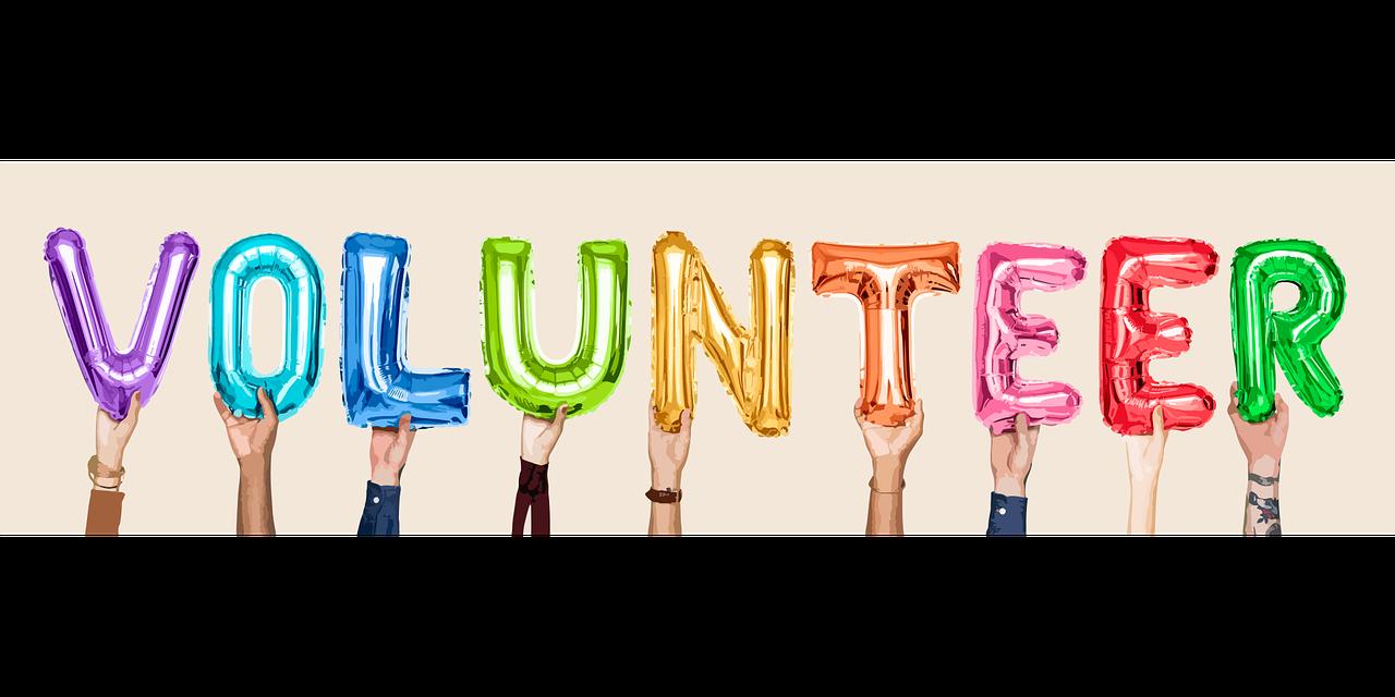 volunteer pic .png