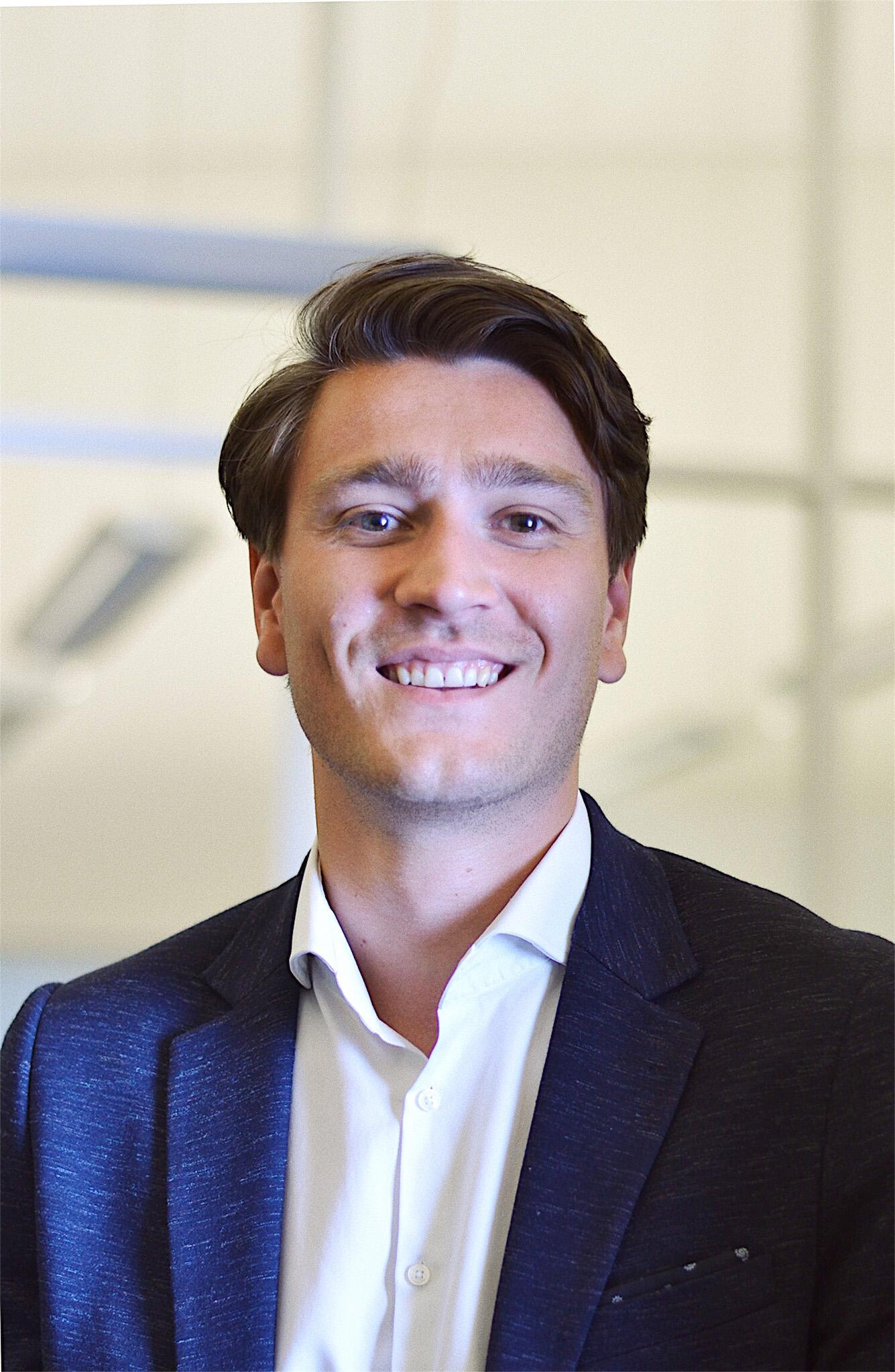 Robin van Gemert    Consultant