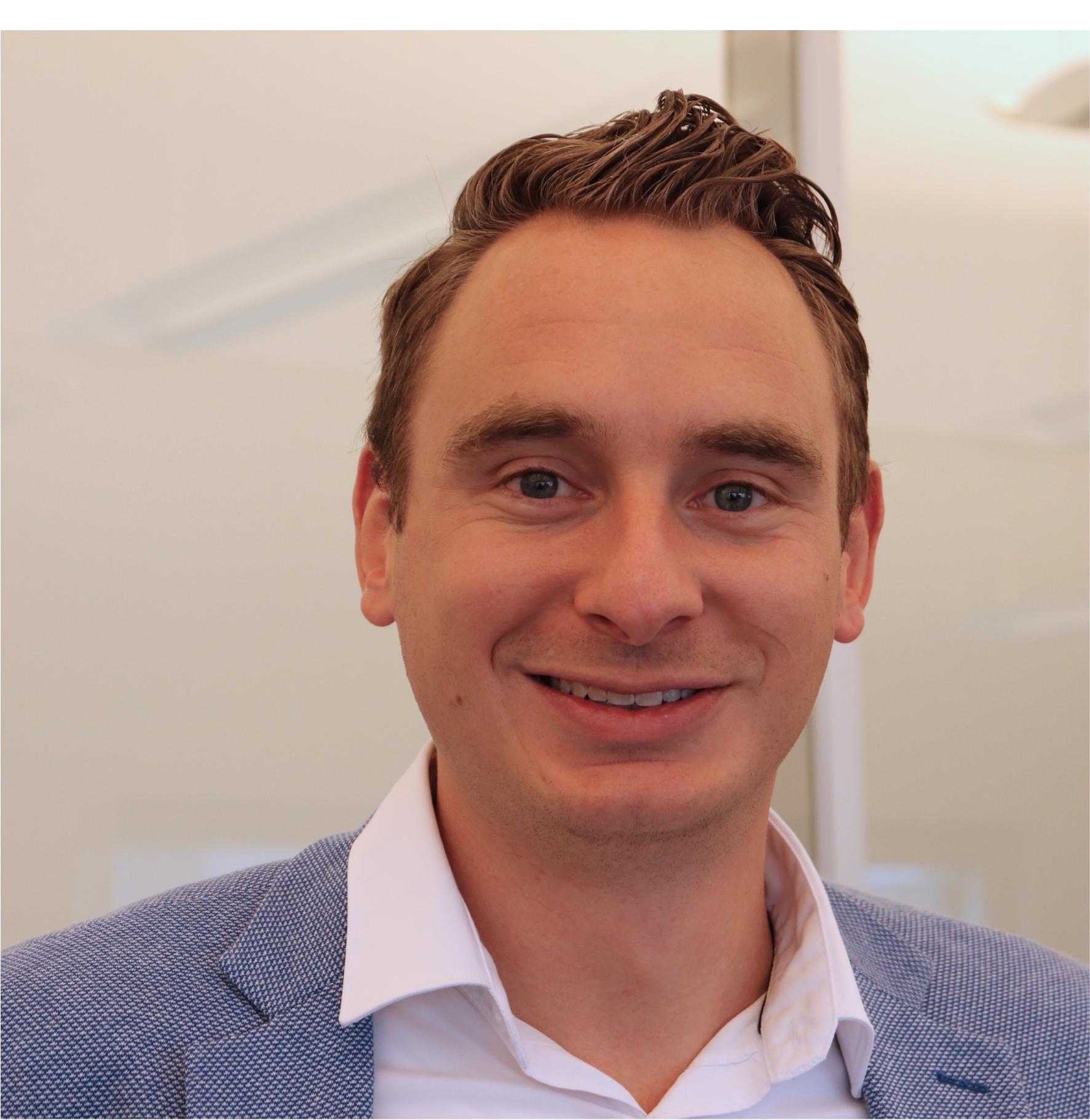 Tjeerd van der Meulen    Consultant
