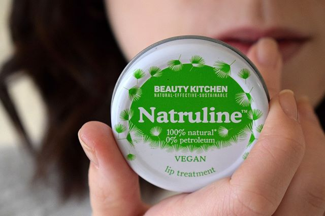 Our Vegan Natruline ingredients? None of your beeswax! Just castor seed oil, castor oil and carnauba wax, making this a totally vegan, beeswax-free and petroleum-jelly free hydrating lip treatment to take everywhere. #BeautyKitchen #VeganBeauty #Natruline #SustainableBeauty #NaturalBeauty