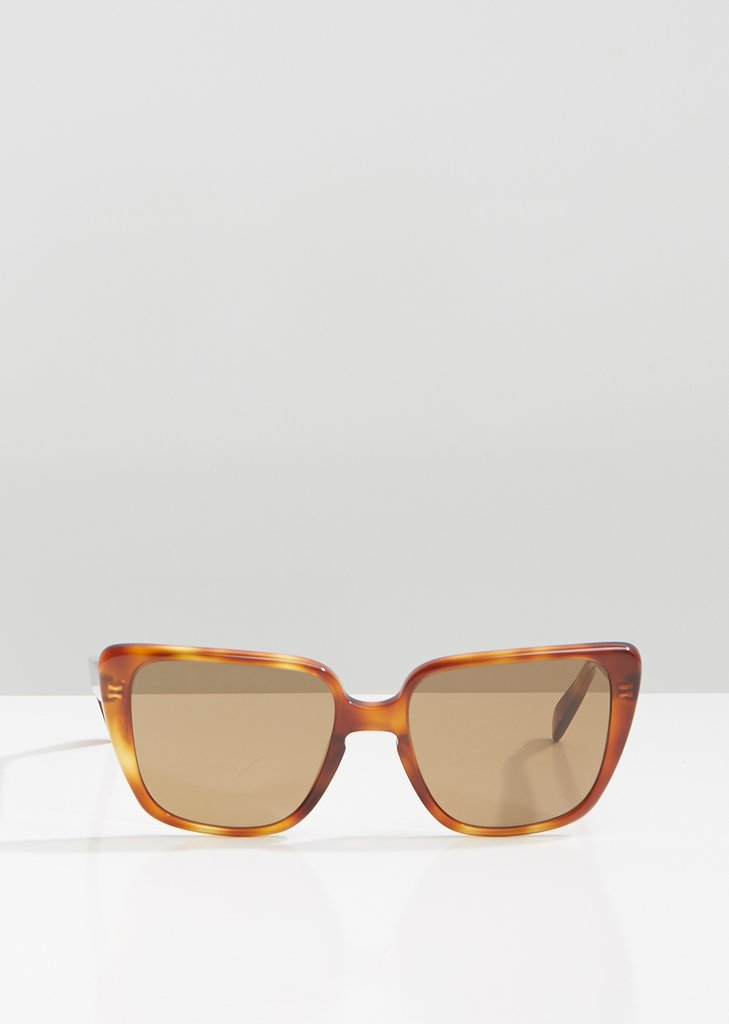 CELINE - CL40047I Sunglasses   £250   COLOUR  Tortoise/ Brown Lenses   CATEGORY  SUN   MATERIAL  Acetate   SHAPE  Oval