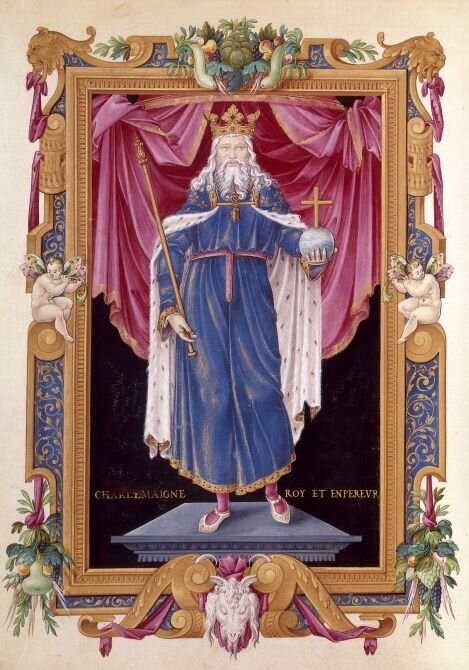 Later depiction of Charlemagne in the Biblitheque Nationale de France. Public Domain,  https://commons.wikimedia.org/w/index.php?curid=102352