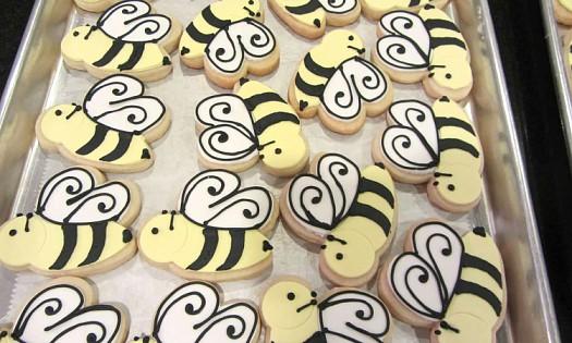 Peri's Bee Cookies.jpg
