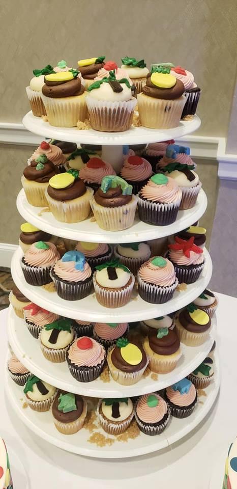 beach theme cupcakes.jpg