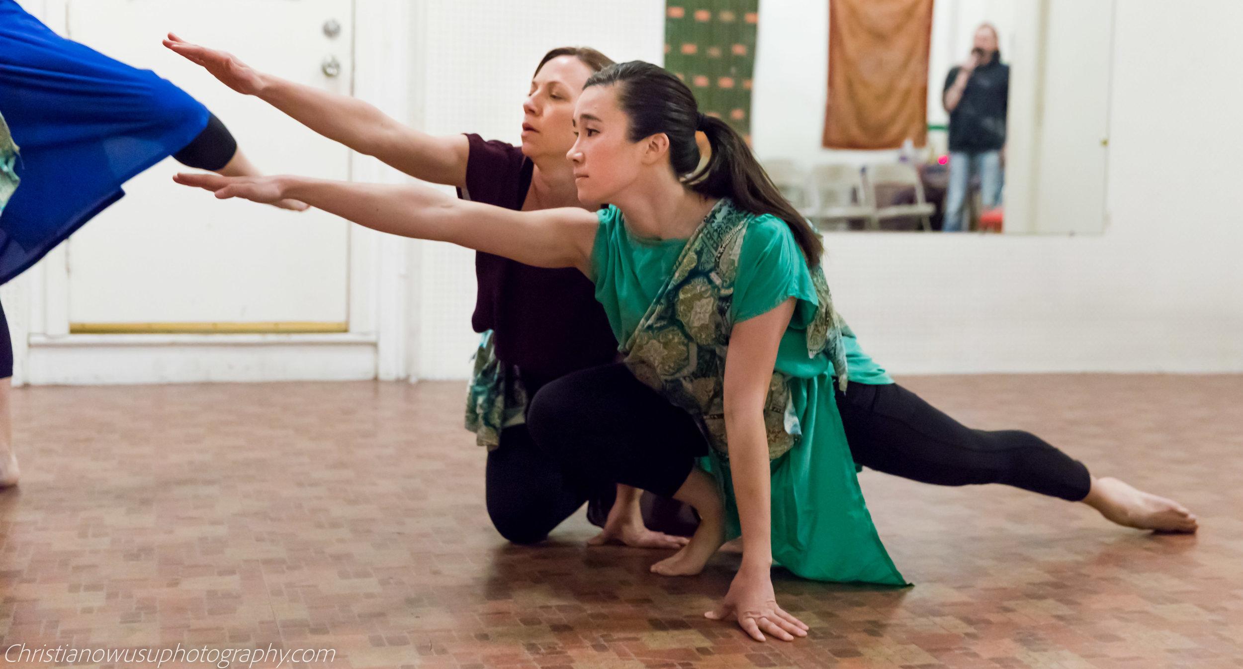 Kelley-Donovan-and-Dancers-photo-by Christian-Owusu.jpg