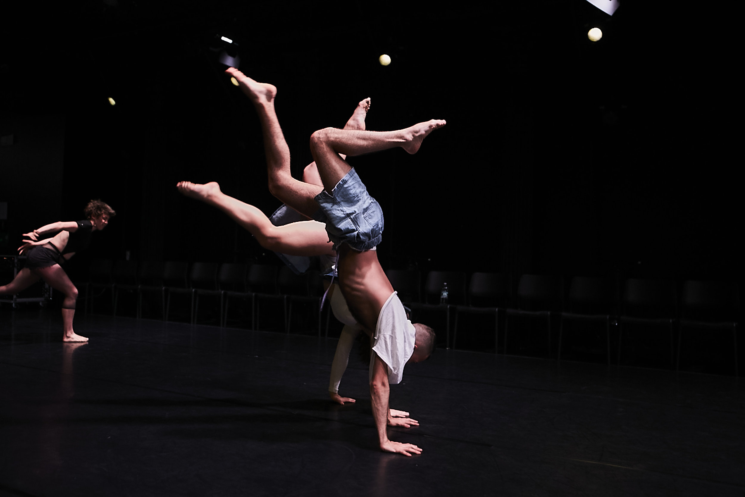 chrisbelldances-photo-by-Jeremiah Cumberbatch.jpg