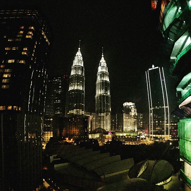 Happy Weekend Everyone. • • • #kualalumpur #kl #asia #skyscraper #city #nightfall #metropolis #blackfriday #fashion #stylish #eyewear #trendy #china #factory #life #lights