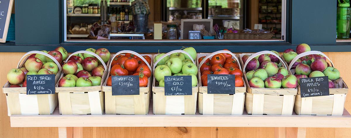 marketapples&tomatoes.jpg