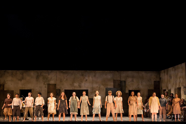 Opera San Antonio - Carmen - Photographer Lynn Lane-22.jpg