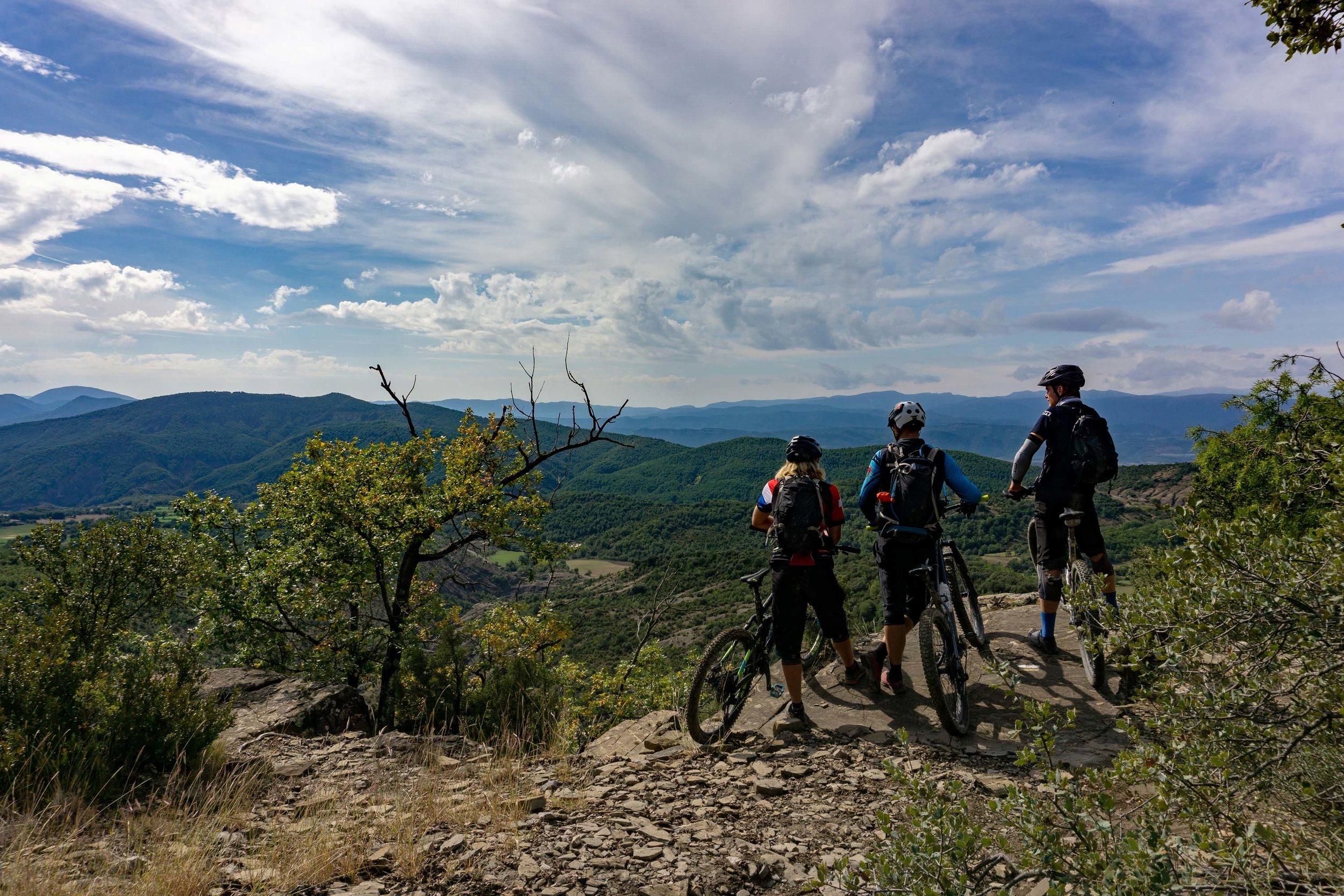 Arno, Wouter & Jeroen enjoying the views on the Bajo Peñas trails