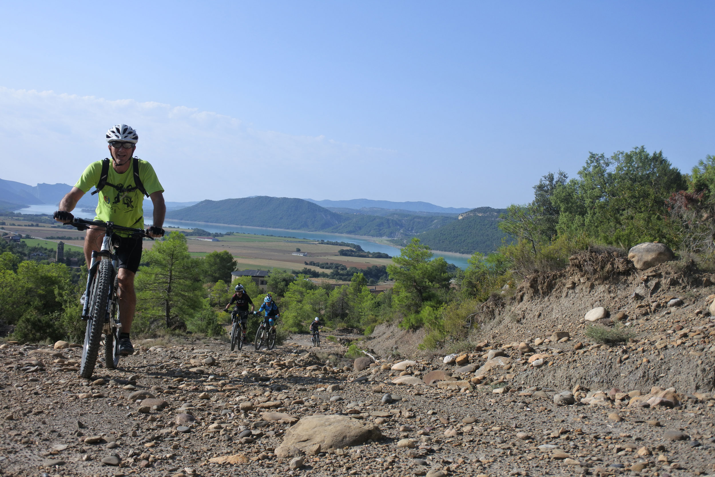 unbeaten-adventures-mountain-biking-pyrenees-zona-zero-ainsa-tony-bosque-de-usana.jpg