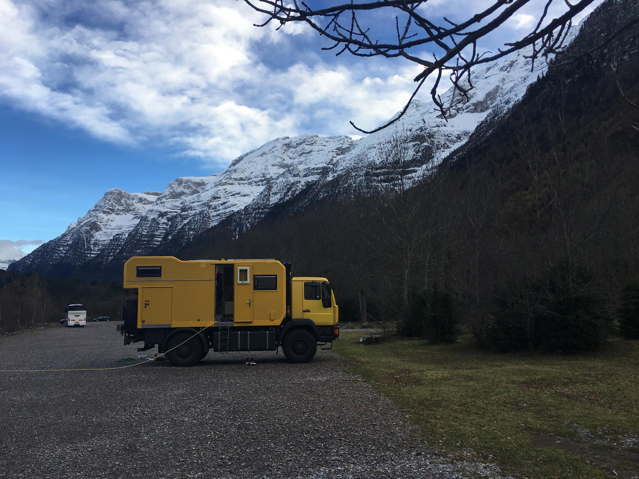 unbeaten-adventures-mountain-biking-pyrenees-zona-zero-ainsa-vanlife-overlander-truck.jpg
