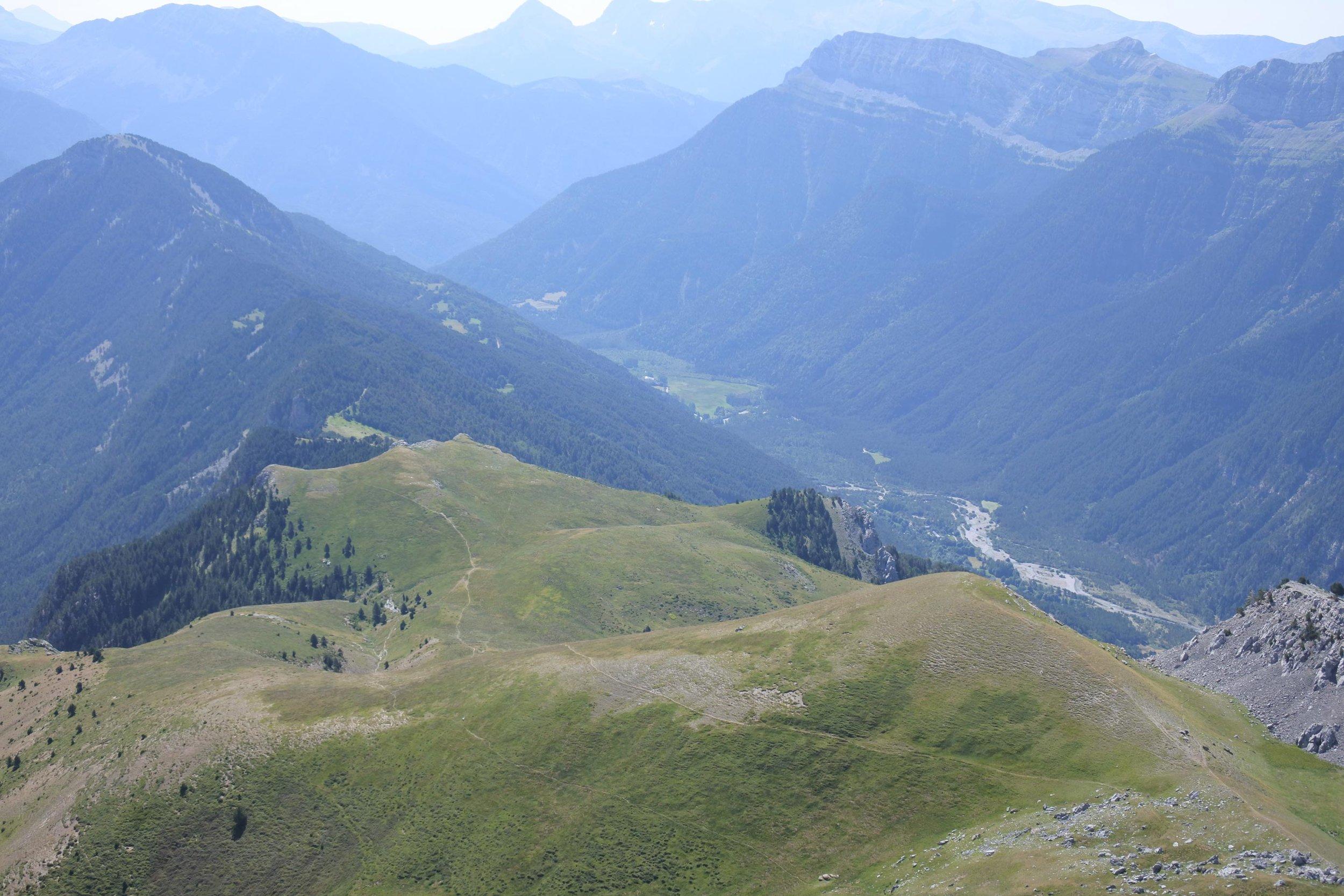 unbeaten-adventures-zona-zero-ainsa-comodoto-view-from-the=top.jpg