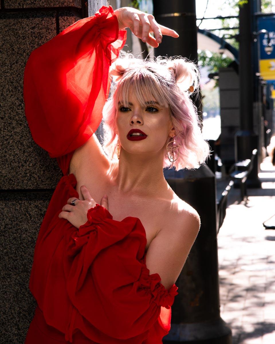street photography blonde.jpg