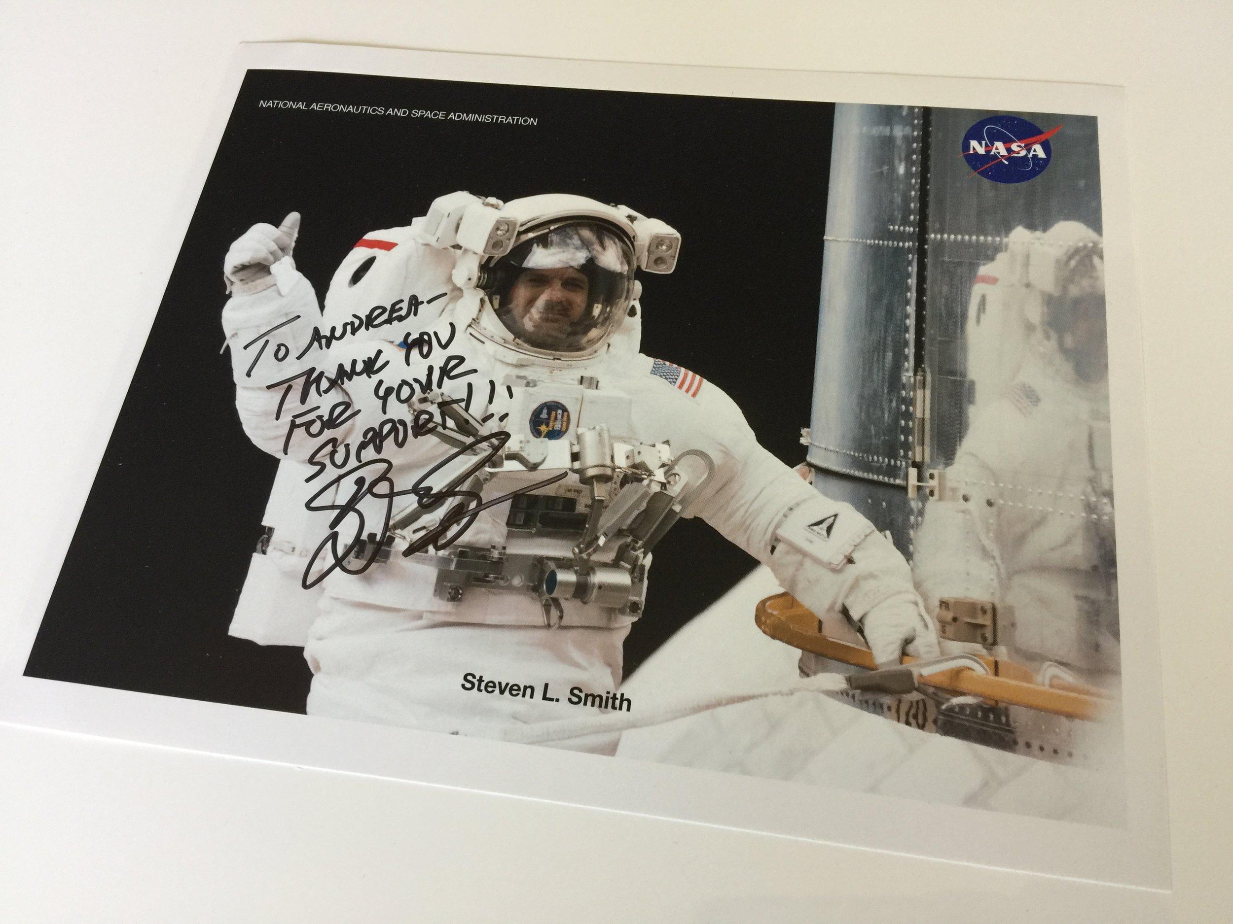 steve_smith_astronaut_signed_autograph.JPG