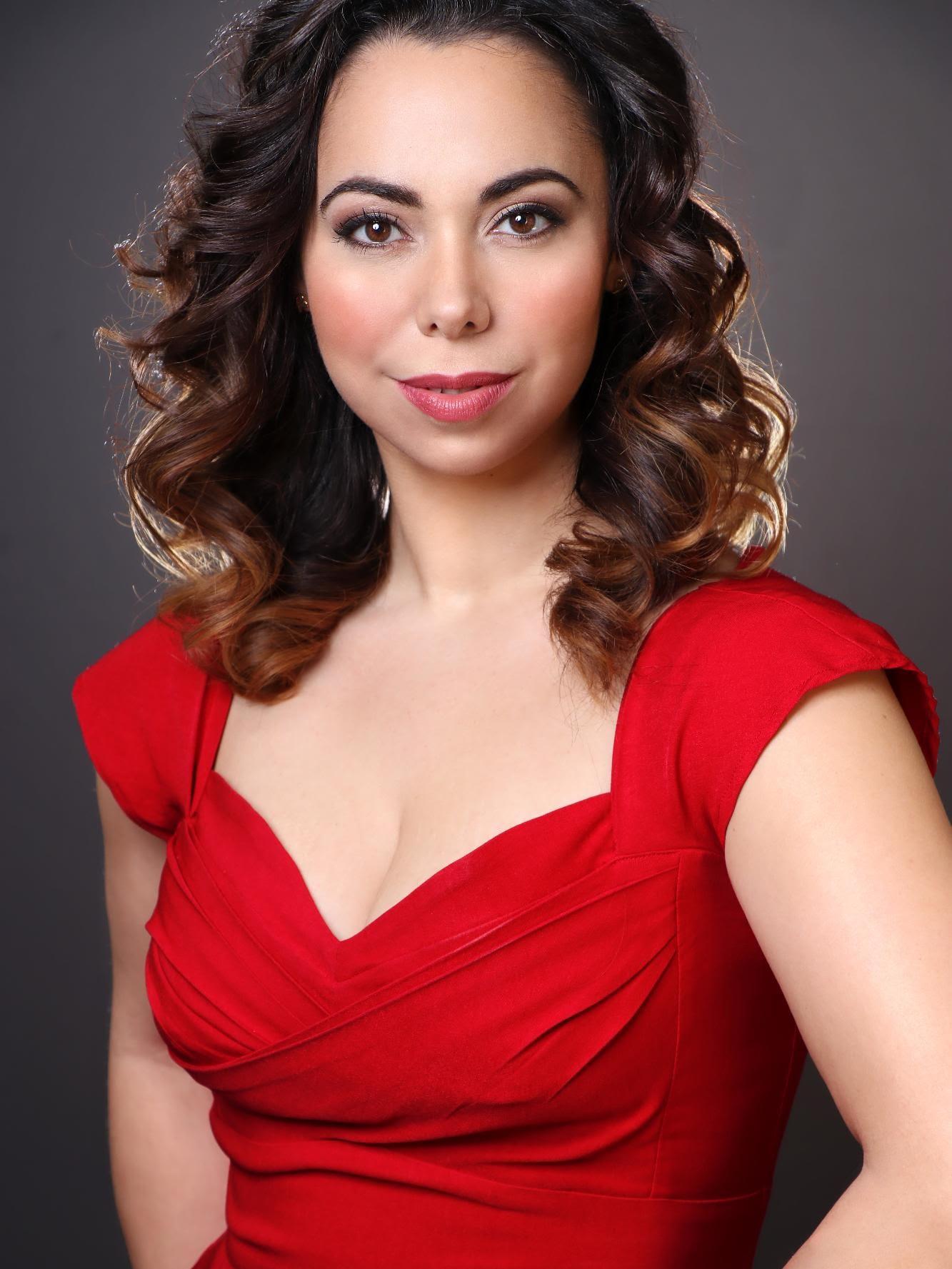 Eliza Bonet, mezzo-soprano
