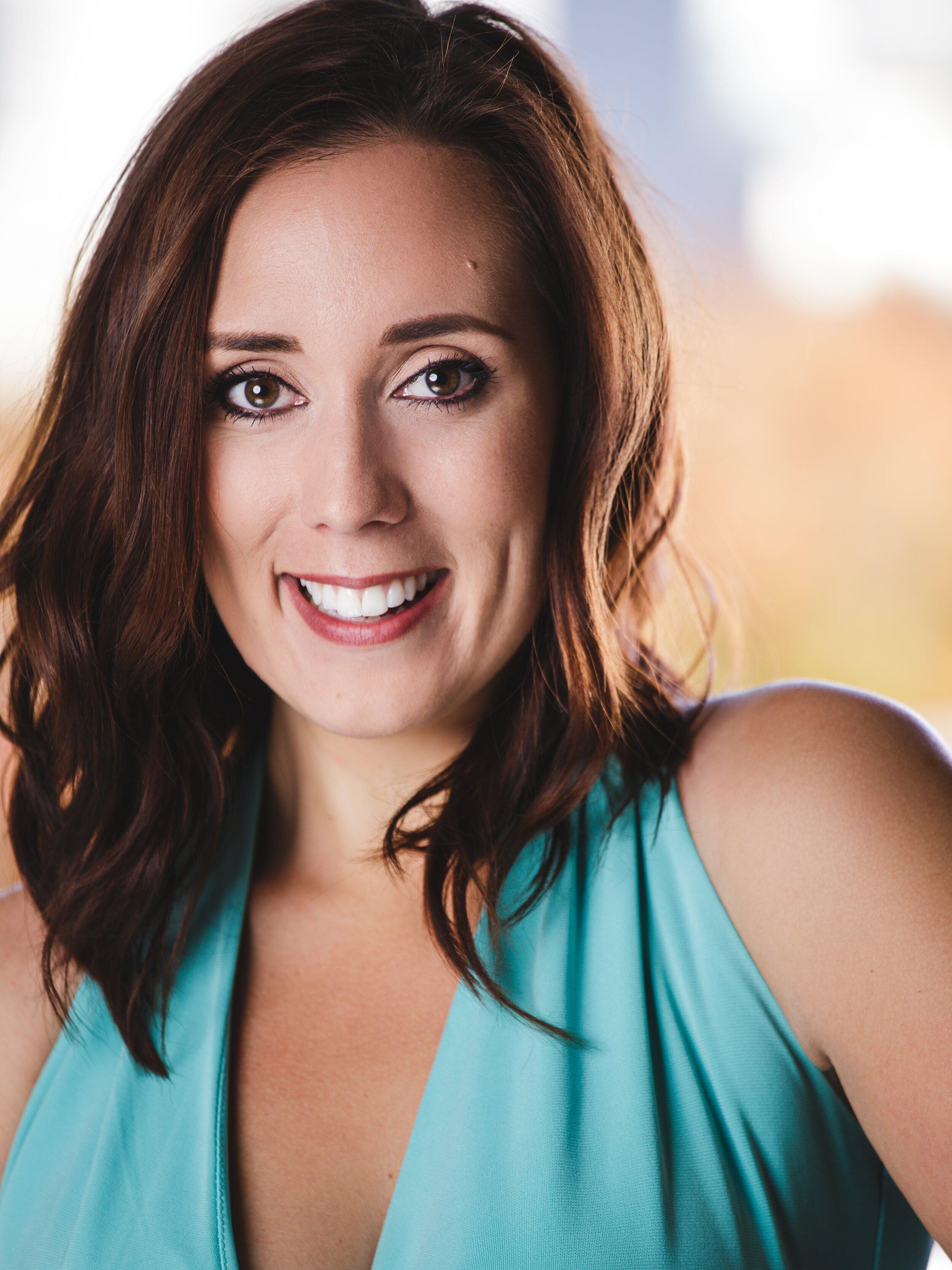 Kathleen Shelton, mezzo-soprano