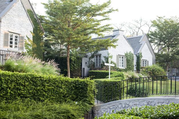 suburban-housing-garden_53876-30332.jpg